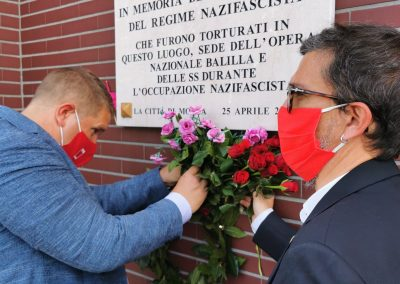 Sotto l'ombra di un bel fiore… L'omaggio commosso della Cgil di Monza e Brianza per il 25 aprile